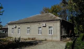 Новгородське. Колишня перша селищна аптека Олів'є
