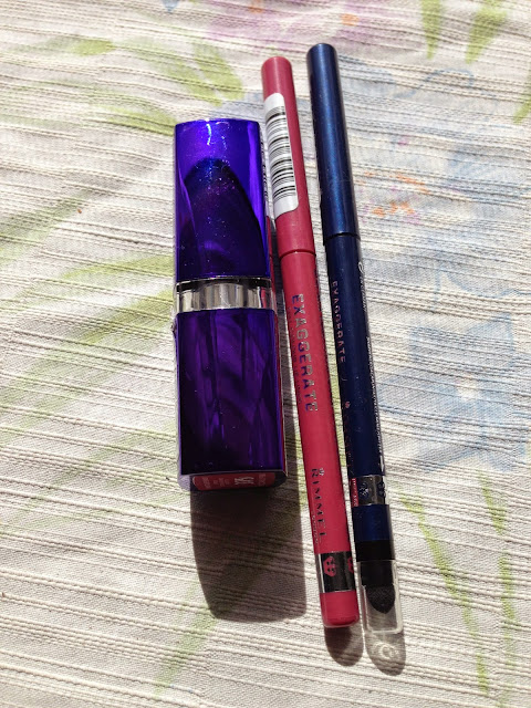 Rimmel London products - www.modenmakeup.com