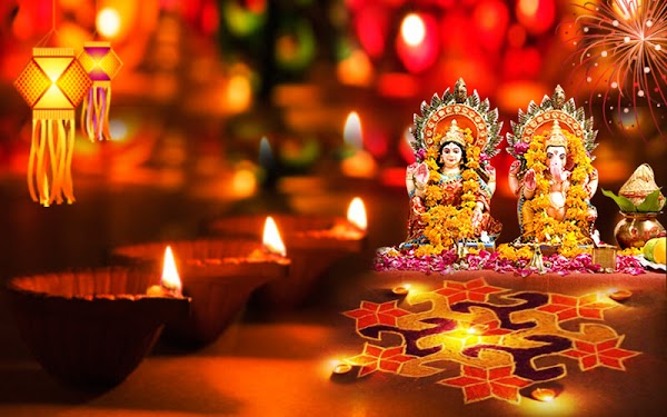 What Is The Reason Behind Celebrating Diwali ?