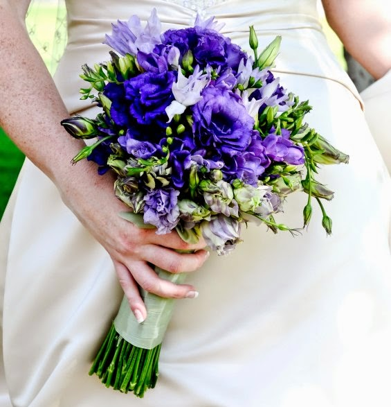 Purple Anemone Flower Bouquet|http://refreshrose.blogspot.com/