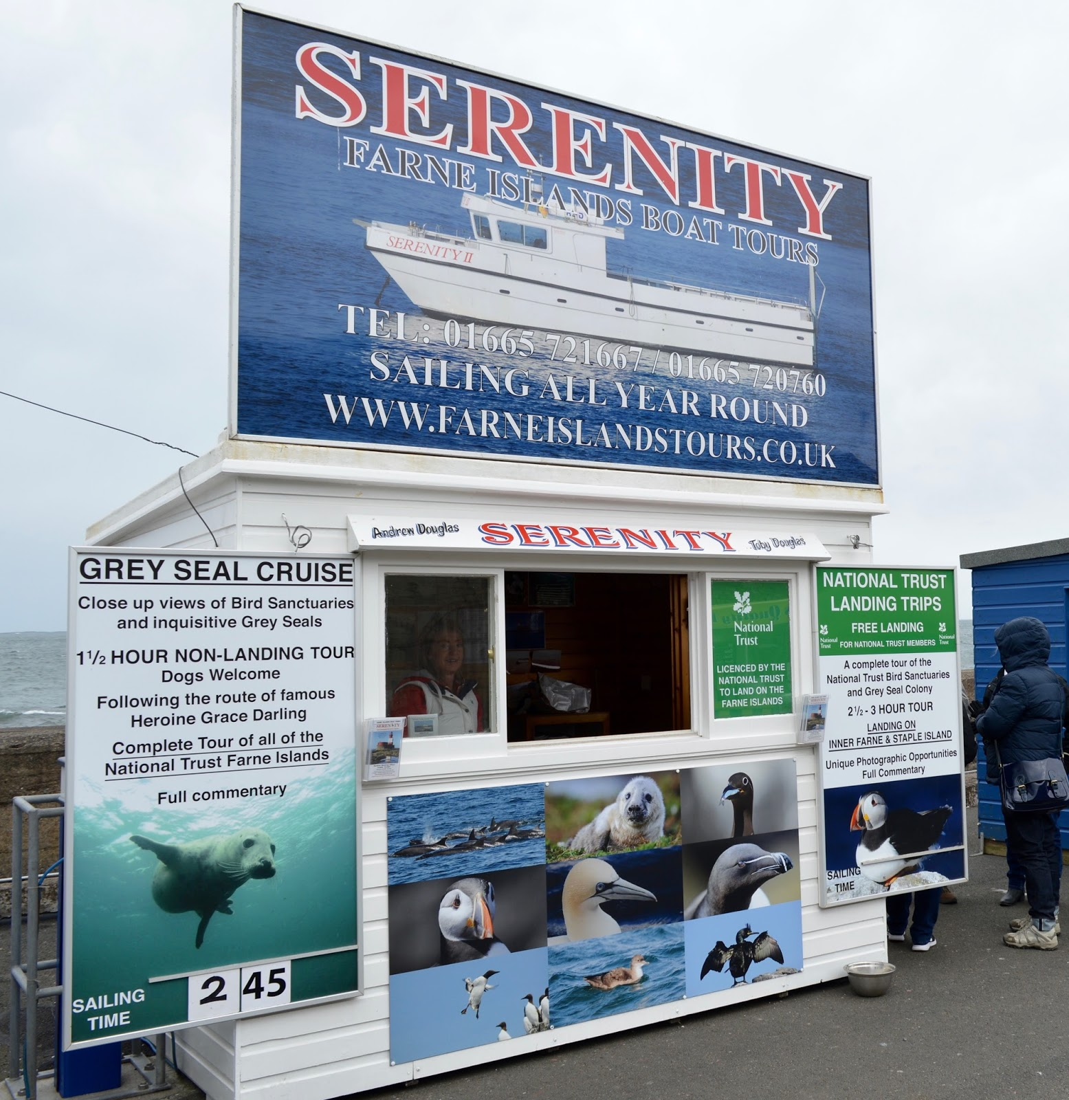 Farne Island Boat Trips with Serenity | A review and what to expect with kids - ticket office in Serenity Harbour