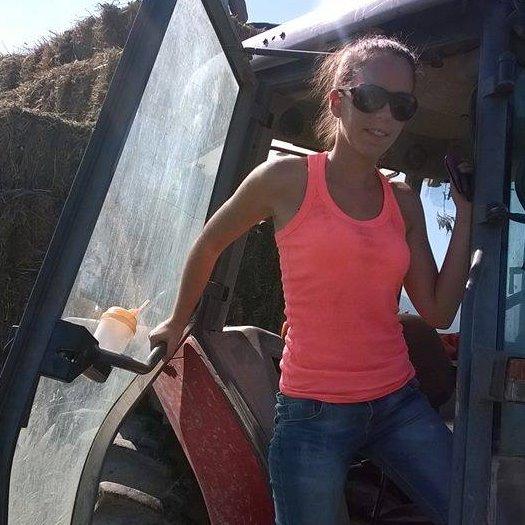 Θεσπρωτία: Η νεαρή Θεσπρωτή Μυρτώ Λύκα, με δυναμική δράση, αντιπρόεδρος στην Πανελλήνια Ένωση Κτηνοτρόφων...