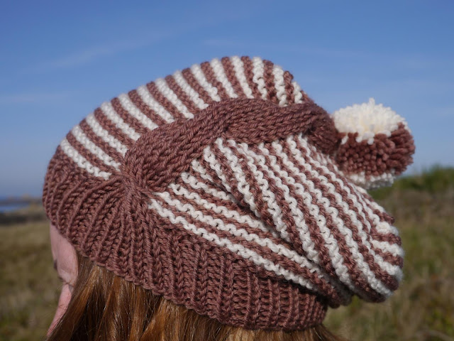 bonnet Here and There en tricot