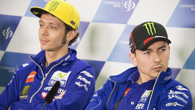 Rossi vs Lorenzo Lagi di Tiga Balapan Sisa Musim