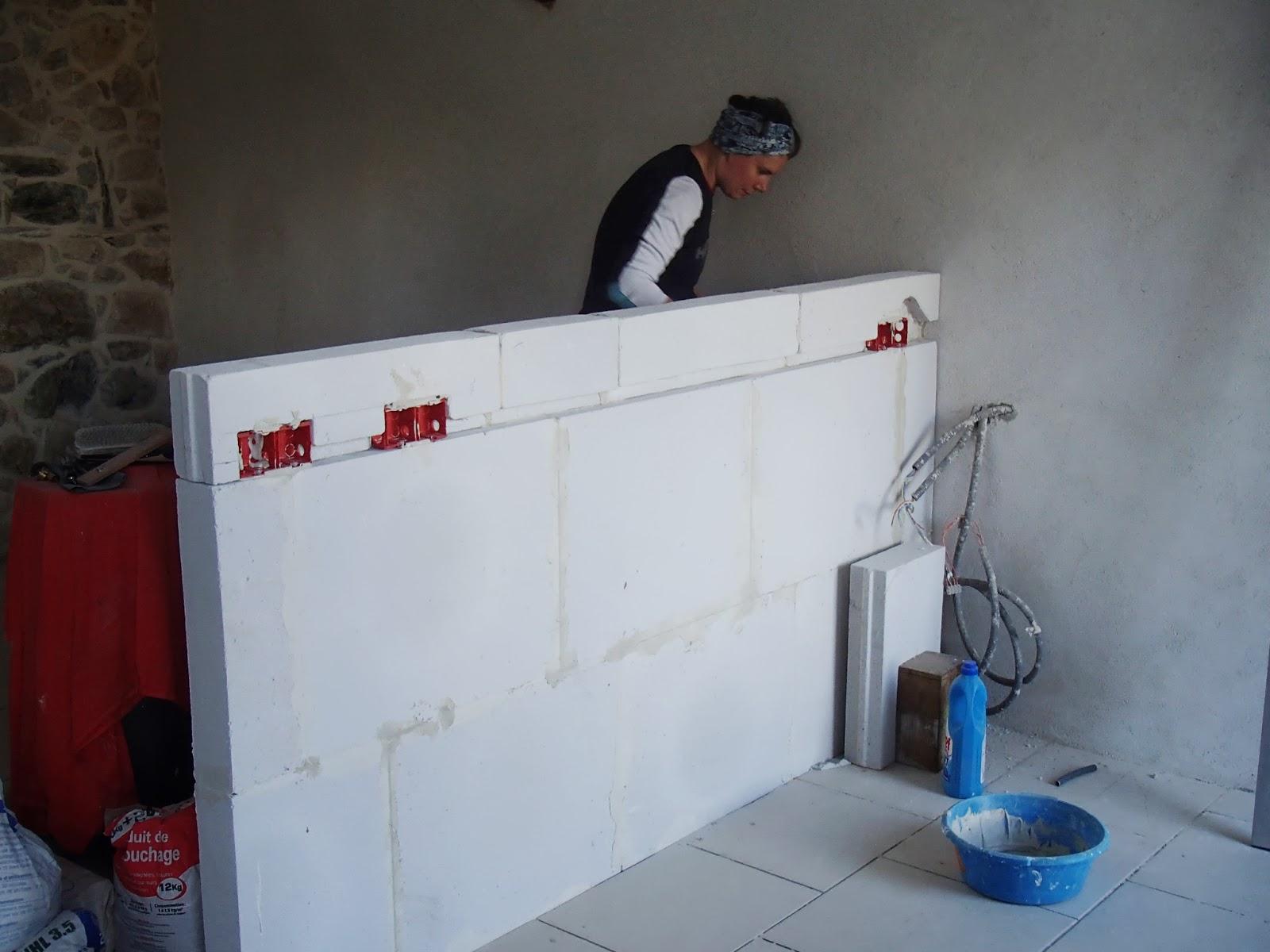 r novation de la saint bernardus du prayer apr s les murs. Black Bedroom Furniture Sets. Home Design Ideas