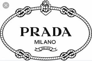 61fa616761 Prada es una firma italiana de moda. Fundada por Mario Prada en 1913 como  Fratelli Prada(en italiano: Hermanos Prada), la firma dio un giro radical  con la ...
