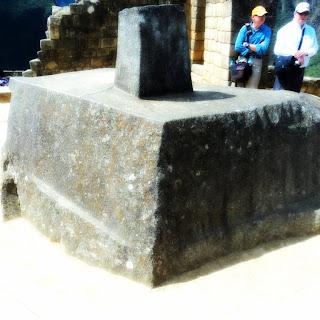 Intihuatana, em Machu Picchu: Pedra Onde Iriamos nos Encontrar