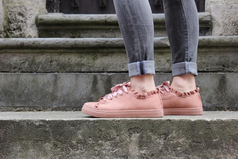 sneakers-lacets-soie.JPG
