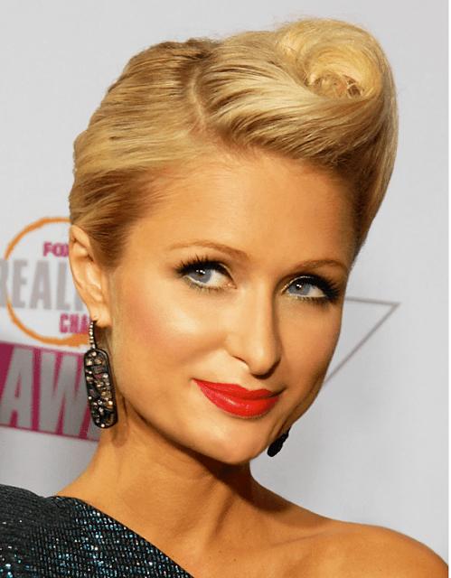 Descripción: 10 Famosos que Usan Lentillas de Contacto - Paris Hilton