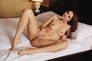 裸体自拍 - Alise%2BMoreno-S01-026.jpg