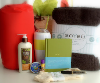https://www.caregifting.com/collections/get-well-gifts/products/get-well-gift-basket-wandiful?variant=11194167237