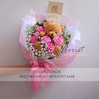 buket bunga dan boneka, bunga valentine, toko bunga valentine, buket bunga valentine, bunga mawar valentine, handbouquet mawar, buket rose, toko bunga, florist jakarta