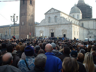 A huge crowd gathered at Turin Cathedral for Agnelli's funeral
