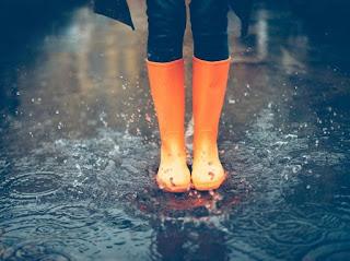 Waspadai Penyakit yang Sering Muncul Saat Banjir dan Musim Hujan