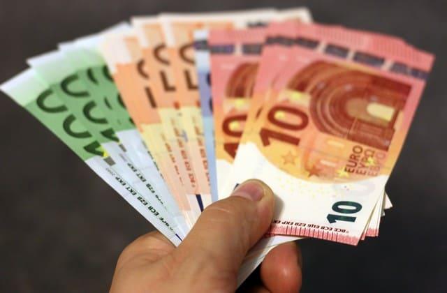 Cash On Delivery (COD) : belanja online bayar di tempat
