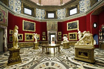 uffizi-gallery-florence-italy