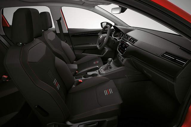 Seat Ibiza 2018 - Novo VW Gol 2018 - interior