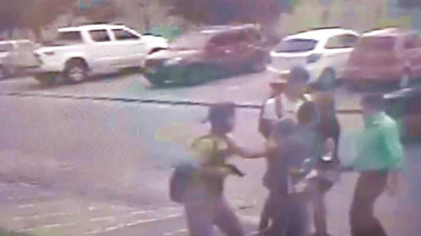 Ex-deputada Socorro Marques, seu filho e uma jovem são assaltados em plena luz do dia, na capital paraibana