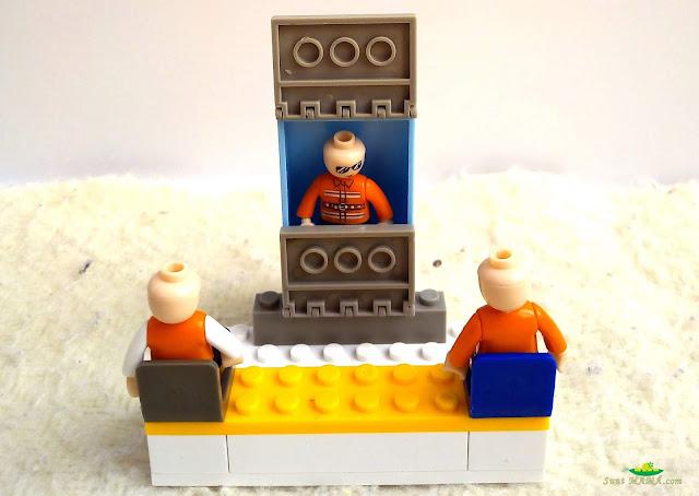 in-lumea-lui-lego.jpg
