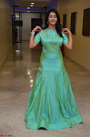 Pooja Jhaveri in Beautiful Green Dress at Kalamandir Foundation 7th anniversary Celebrations ~  Actress Galleries 036.JPG
