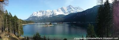 Panorámica del lago Eibsee con los Alpes al fondo