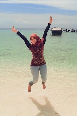 Wahyuni Cantik Hijab manis paha mulus dna besar