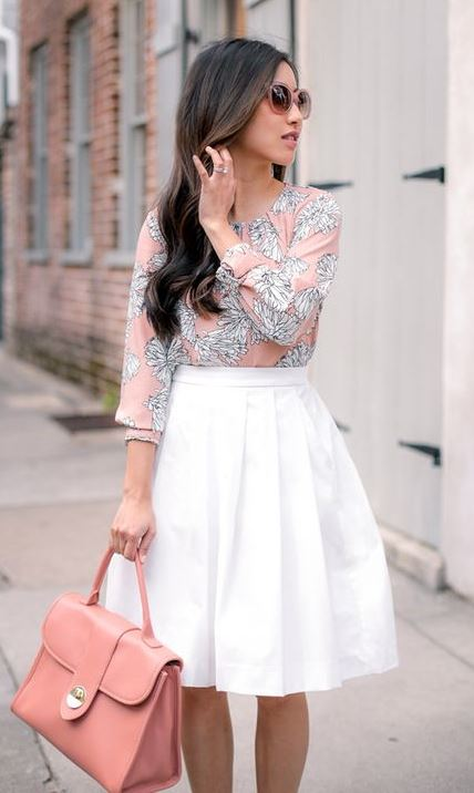beautiful outfit idea for office : printed blouse + white skirt + bag