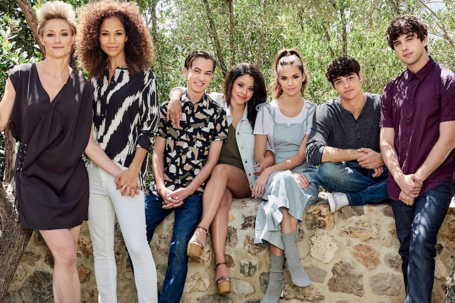 Veget er a The Fosters, de erkezik a spin-off