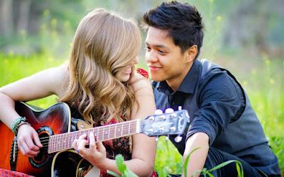 Bagi seorang gadis mempunyai cinta pada seorang laki-laki merupakan hal yang akan sangat membua Cara Mendapatkan Cinta Dari Gebetan. Buat Gebetan Mu Berkesan Dan Mulai Memperhatikan Mu !!
