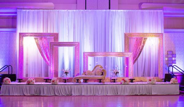 Bonjour Weddings: Reception Stage