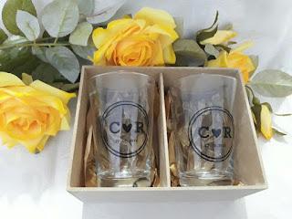 caixa para lembrancinhas mdf  branco copos caldereta de vidro