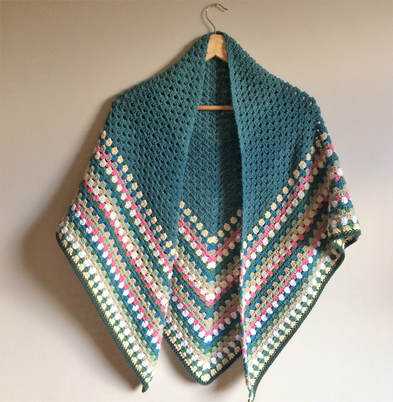 my two girls: Granny Triangle Shawl
