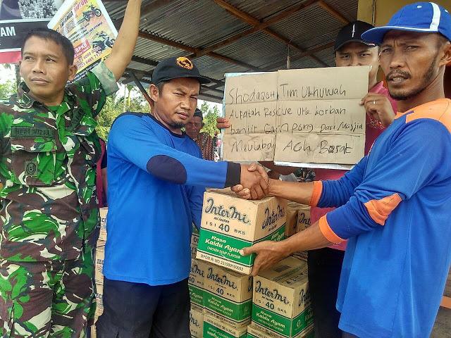 UAR Salurkan Bantuan Bagi Korban Banjir Meulaboh, Aceh Barat
