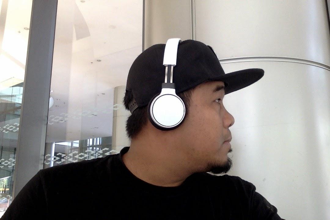 Philips SBH9150 Headphone Review