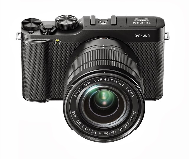 Fotografia della Fuji X-A1 con lo zoom XC 16-50mm
