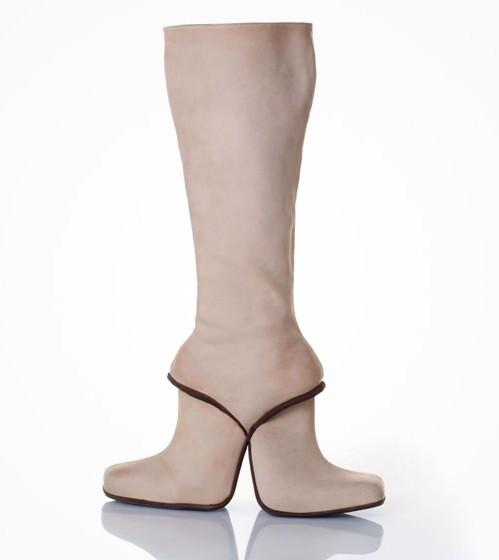 Những đôi giày có kiểu dáng kỳ lạ nhất thế giới19