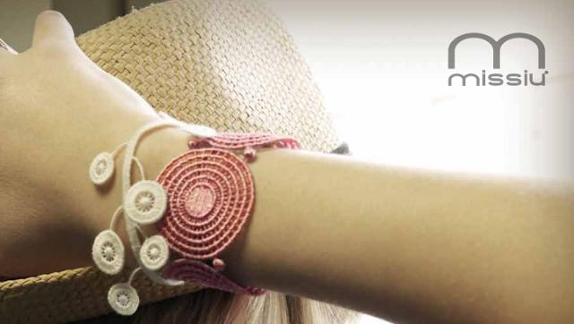 bracelet en dentelle Missiu