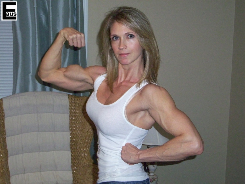 Milf Muscle Mature 13