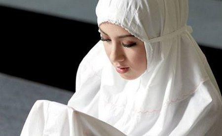 Bacalah Doa Ini Agar Suami Tidak Mudah Tergoda Wanita Lain dan Terhindar Dari Perbuatan Maksiat
