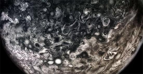 NASA libera mais fotos inéditas de Júpiter - Img 4