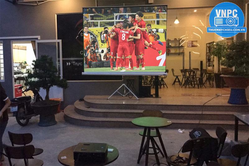 Cho thuê máy chiếu xem Asian Cup 2019 tại TPHCM & Hà Nội