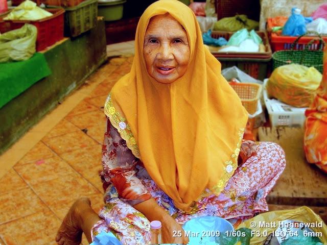 Malaysian Malay, Malay market woman, traditional Malay costume, baju kurung, Malay headscarf, tudung, portrait, West Malaysia, Kelantan, Kota Bharu market