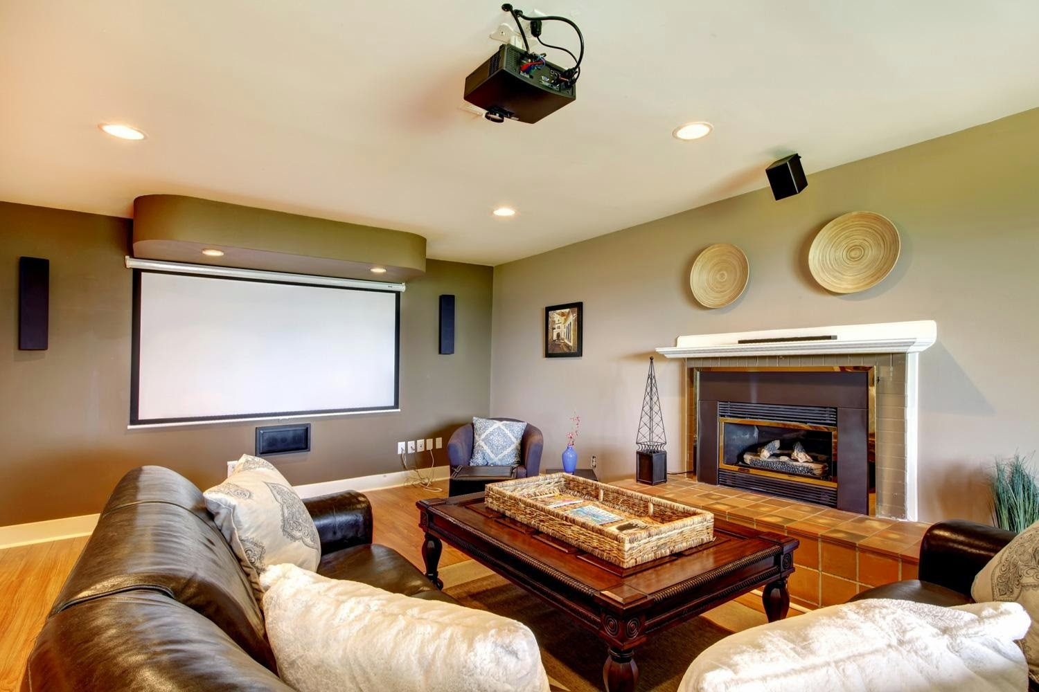 Setup and Ideas to Getting Ultimate Home Theater Room - A ...