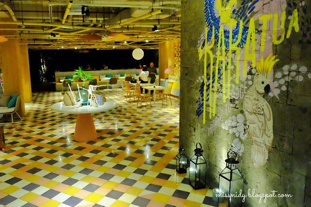 kakatua restaurant and cafe tijili seminyak