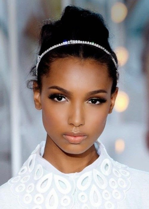 Incredible Black Women Hairstyles Classy Women Black Hairstyles Buns 2015 Hairstyle Inspiration Daily Dogsangcom