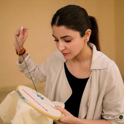 Anushka Sharma Looks in Sui Dhaaga