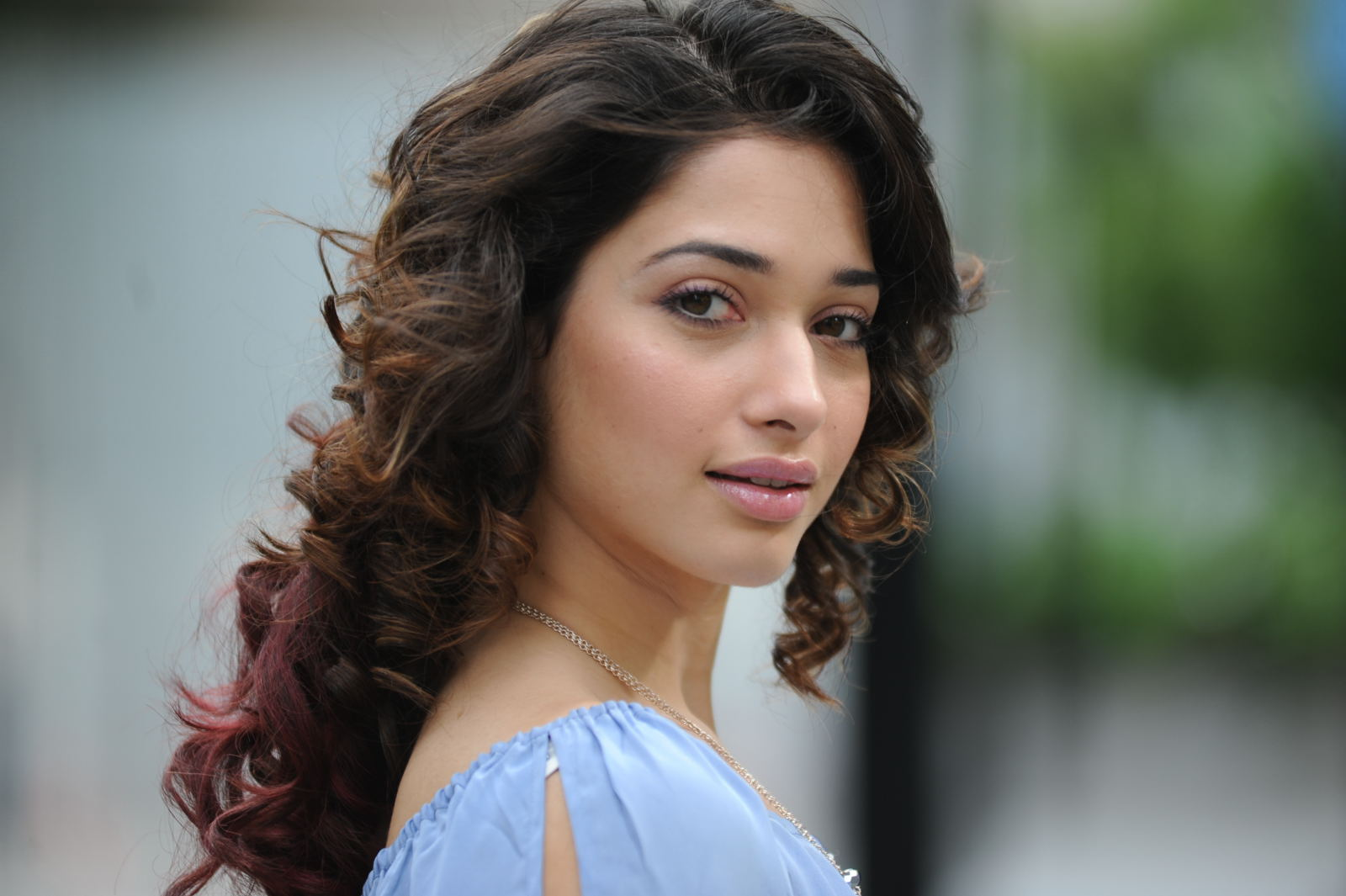 Tamanna Latest: Tamanna Cute Face Expression Nice Looking Pics-3