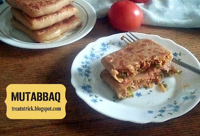 Mutabbaq (Murtabak) Recipe @ treatntrick.blogspot.com
