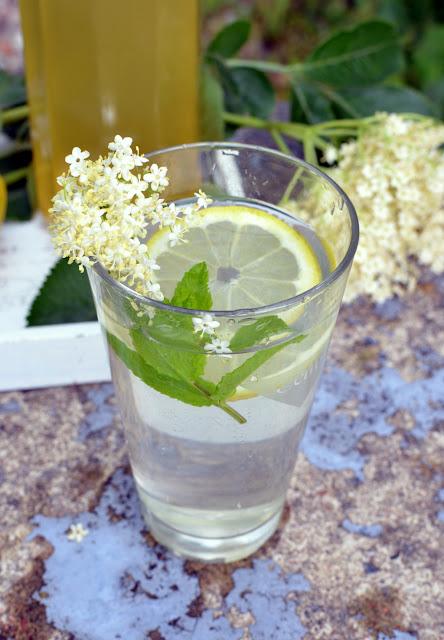 syrop%2Bz%2Bbzu Syrop z kwiatów czarnego bzu
