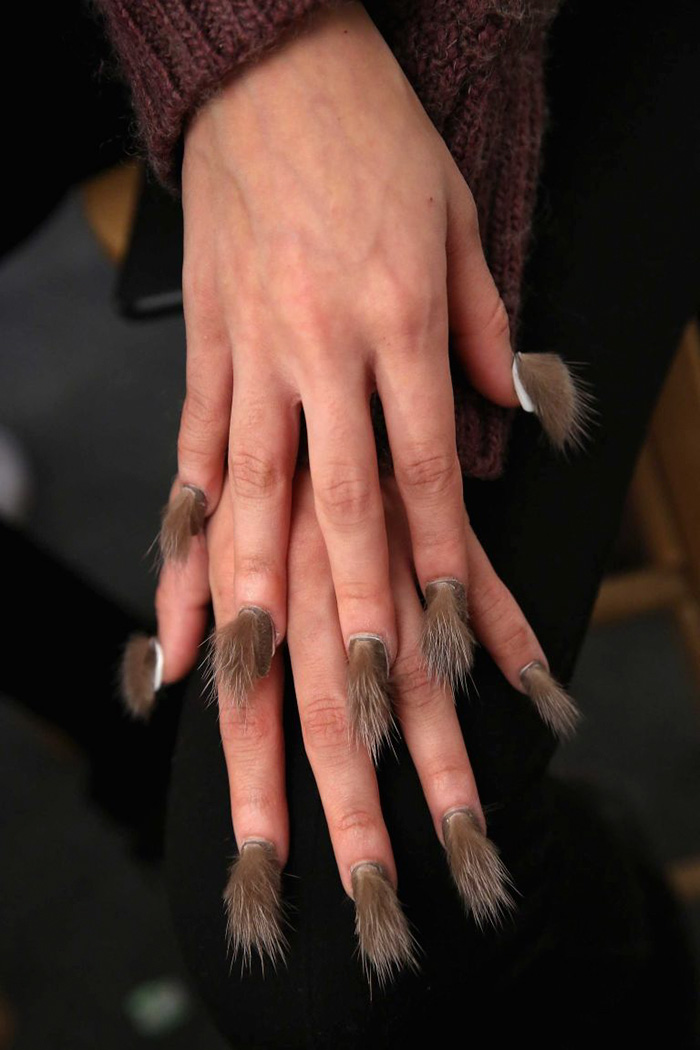 UNIQUE UNUSUAL OR INTERESTING: Nail Trend - Furry Nails